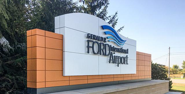 GR Airport homepage
